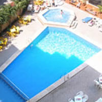 Melina_hotel_swimming
