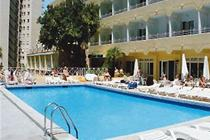 Mont_park_hotel_swimming_pool